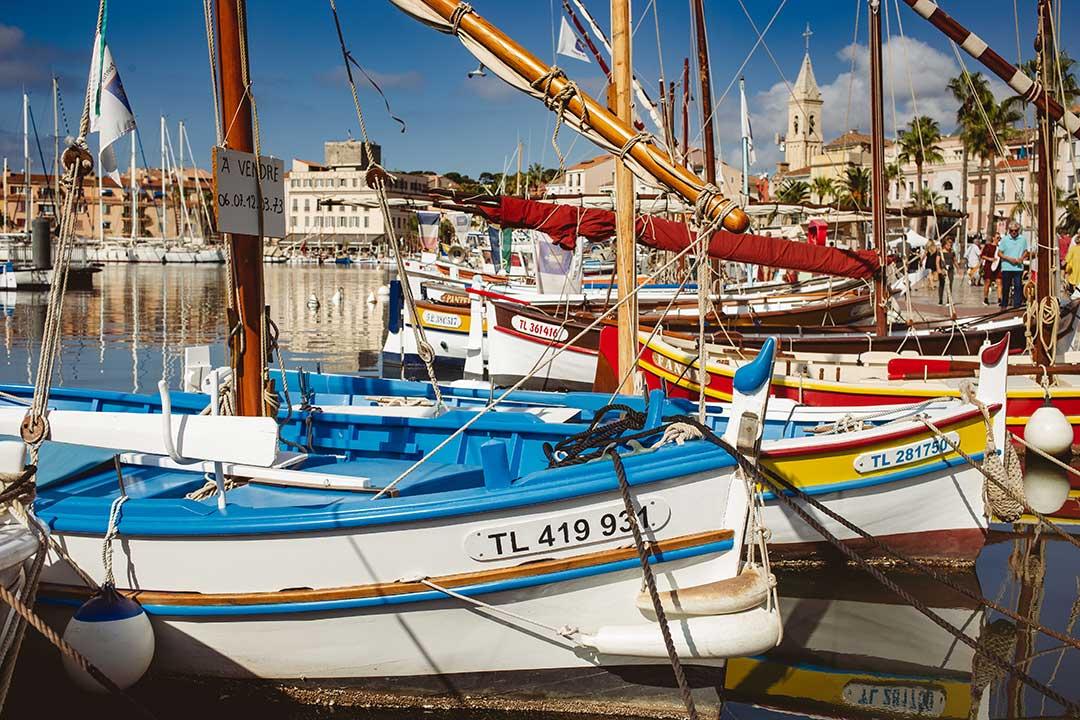 Bateaux de petite pêche dans le Port de Sanary - photo Didier Laget